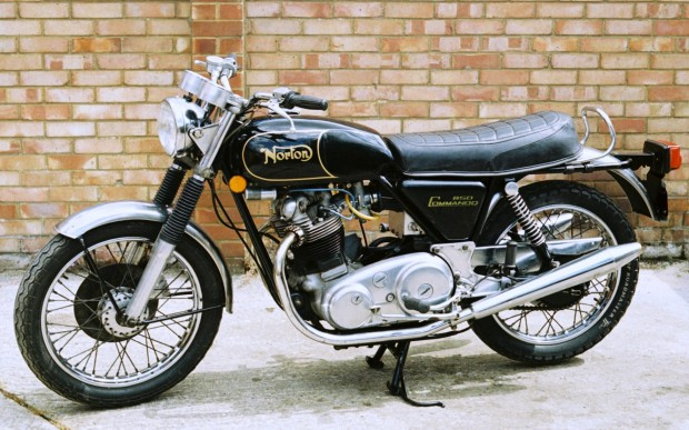 norton-commando-850-1974